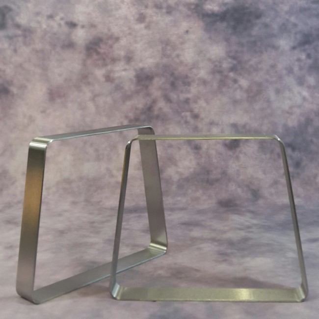 Tisch- Bankkufen aus Vollmaterial
